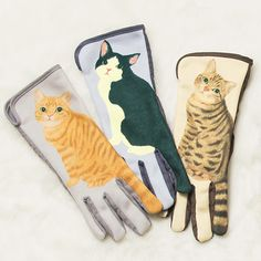 Come with us to the frilly ♪ cat tail Furifuri gloves │YOU + MORE! │ Felissimo