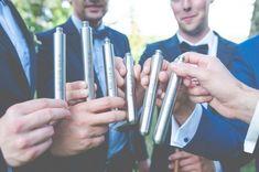 Kleine #Schnapsflaschen für #Bräutigam und beste Freunde zum Anstoßen auf den großen Tag!