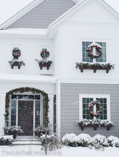 Outdoor Christmas Decor - Adventures in chainsaws and Christmas trees... - The Lilypad Cottage