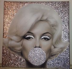 I want this in living room. Marilyn Monroe.