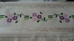 Roman Shades, Curtains, Home Decor, Punto De Cruz, Blinds, Decoration Home, Room Decor, Draping, Home Interior Design