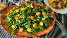 Πράσινη σαλάτα με κουμ κουάτ Seaweed Salad, Ramen, Ethnic Recipes, Food, Essen, Meals, Yemek, Eten