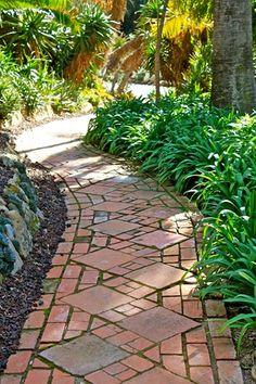 Brick Path, Aged Brick, Brick Pavers Walkway and Path Landscaping Network Calimesa, CA