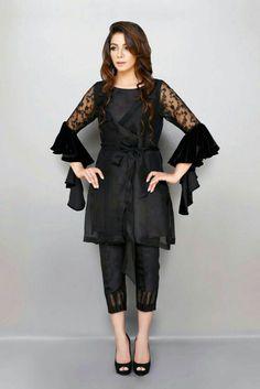 Stitching Styles Of Pakistani Dresses Black Waist belt Peplum Pakistani Formal Dresses, Pakistani Dress Design, Pakistani Outfits, Black Pakistani Dress, Pakistani Bridal, Indian Outfits, Kurta Designs, Kurti Designs Party Wear, Latest Kurti Designs