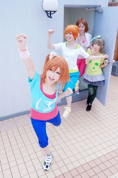 Love Live! School Idol Project cosplay. So cute! This makes me really want to group cosplay Love Live!. That Honoka and Kotori are especially cute, though their Rin is also fairly cute. The Hanayo I think isn't as cute because her wig and outfit are inaccurate.