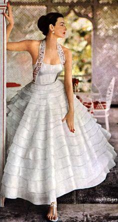 #glamour Dorian Leigh for Modess, 1953