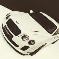 Bentley Continental GT SuperSports 1:18 scale by Welly