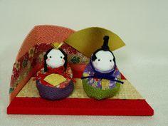 ひな祭り Japanese, Christmas Ornaments, Holiday Decor, Girls, Home Decor, Homemade Home Decor, Japanese Language, Daughters, Christmas Jewelry