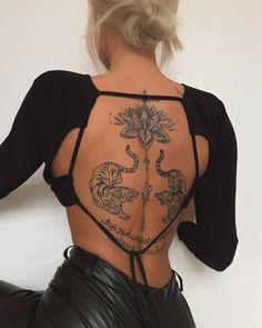 Red Ink Tattoos, Dainty Tattoos, Spine Tattoos, Body Art Tattoos, Small Tattoos, Simplistic Tattoos, Elegant Tattoos, Piercing Tattoo, Piercings