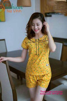 Source by Look pijama Girls Night Dress, Night Dress For Women, Sleepwear Women, Pajamas Women, Flirty Pajamas, A Line Skirt Outfits, Baby Girl Tops, Night Suit, Designs For Dresses