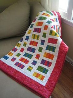 Fat Quarter pattern baby quilt. Nice tutorial