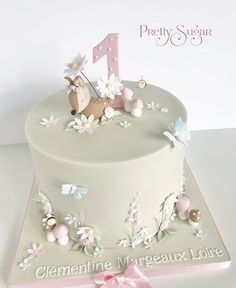 We are a cake company based in Ripponden, West Yorkshire who specialise in bespoke wedding and celebration cakes. Cake Table Birthday, 1st Birthday Cakes, Baby Birthday, Birthday Ideas, Wedding Cake Designs, Wedding Cakes, Woodland Cake, Woodland Garden, Button Cupcakes