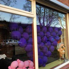 M'n moeder heeft voor #valentinesday een ballonnenhart gemaakt als je hem wilt stuur dan ff een berichtje #ballonnenmarjoke @marjoketio