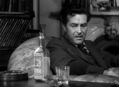 Ray Milland in The Lost Weekend,a 1945 American drama film directed by Billy Wilder and starring Ray Milland and Jane Wyman.