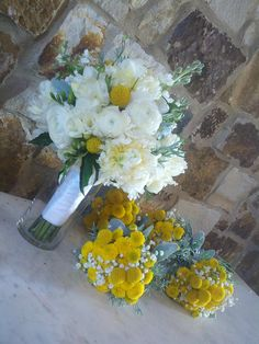 bridesmaid bouquet idea: billy balls & babys breath