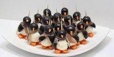 Eure Gäste werden vom Pinguin-Fingerfood aus Mozzarella begeistert sein  Auf der Suche nach dem perfekten Fingerfood fürs Weihnachtsabendessen? Fehlt