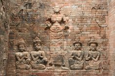 https://flic.kr/p/5growL | What a Relief! | Stone carving, Angkor Wat, Cambodia