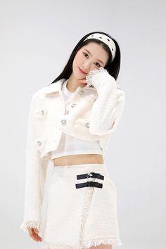 Pop Fashion, Girl Fashion, Fashion Outfits, Fasion, South Korean Girls, Korean Girl Groups, Oh My Girl Jiho, Girl Day, Summer Girls