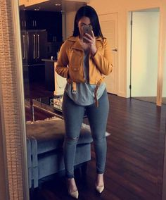 "Hi, here are some ""Beautiful Casual Outfits for Women."" These casual outfits are so sweet and lovely. Classy Outfits, Chic Outfits, Trendy Outfits, Fashion Outfits, Womens Fashion, Curvy Outfits, Inspired Outfits, Dope Fall Outfits, Fashion Killa"