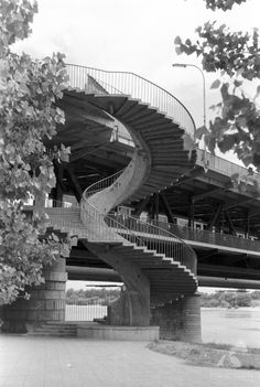 Most Śląsko-Dąbrowski 1964  #warszawa #warsaw #most #bridge #rzeka #river #wisła #vistula Most, Googie, My Heritage, Warsaw, Staircases, Bridges, Poland, Around The Worlds, History