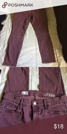 Gap legging jeans 😍 In great condition, no rips or stains GAP Jeans Ankle & Cropped