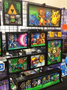 Up late talking games & writing? You& Portland Retro gaming Expo - - Geeky & Great - Up late talking games & writing? You& Portland Retro gaming Expo – 2014 - Perler Bead Designs, Perler Bead Art, Perler Beads, Fuse Beads, Pixel Art, Art Perle, 8bit Art, Deco Retro, Geek Decor