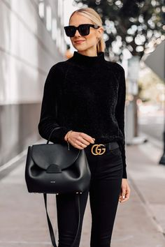It's definitely not the first time you've seen me wear all black. It's incredibly chic, and a look I feel the most confident wearing. Winter Fashion Outfits, Holiday Outfits, Fashion Spring, Winter Outfits, Stylish Work Outfits, Casual Outfits, Black Women Fashion, Womens Fashion, Ladies Fashion