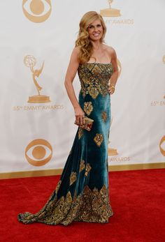 Connie Britton | Fashion At The 2013 Emmy Awards I have no idea who she is, but I LOVE her dress