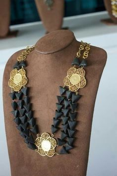 Filigree Jewelry, Gold Jewelry, Jewelery, Jewelry Accessories, Jewelry Necklaces, Indian Jewelry Sets, Ethnic Jewelry, Jewelry Center, Oriental Fashion