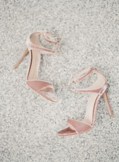Nude velvet stilettos: http://www.stylemepretty.com/2017/02/28/this-just-might-be-the-prettiest-ceremony-spot-youll-ever-lay-eyes-on/ Photography: Vasia Han - http://www.vasia-weddings.com/