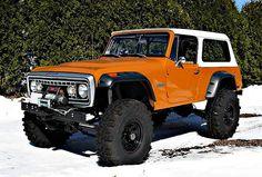 Jeep Commando restomod.