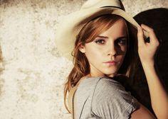 Emma Watson diz que assina site com dicas sobre sexo e prazer feminino
