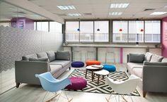 משחק הצבעים: עיצוב משרד היי טק בתל אביב   בניין ודיור