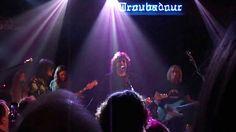 Jeff Lynne, Mike Campbell, Joe Walsh, Benmont Tench - Runaway (Merry Min...
