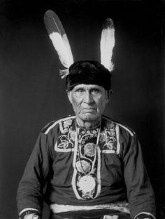 American Indians : Main Ans (Little Wolf) - Ojibwe 1908.