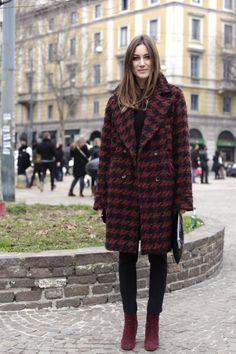 Giorgia Tordini, la italiana que acapara todas las fotos del street style Italian Fashion Designers, Miranda Kerr, Holiday Fashion, Houndstooth, Coats For Women, Personal Style, Fur Coat, Girl Fashion, Winter Jackets