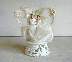 Mid Century Wedding Cake Topper Bride & Groom by PeppermintBark