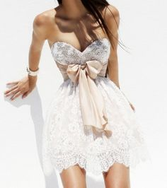 I know it's so pageant but I would love this to be my bridesmaid dresses or my my reception party dress. It's so cute