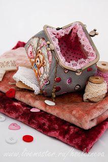 Denim Bag Patterns, Purse Patterns, Coin Purse Tutorial, Frame Purse, Embroidery Bags, Boho Bags, Beaded Purses, Small Bags, Handmade Bags