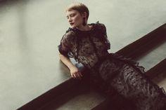 Mia Wasikowska @MiaW