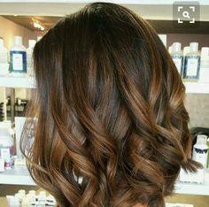 New Hair Balayage Brunette Caramel Highlights Curls 20 Ideas Brown Hair Balayage, Ombre Hair, Balayage Color, Balayage Highlights, Ombre Bob, Brunette Highlights, Color Highlights, Balayage Hair Brunette Medium, Brunette Color