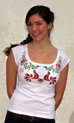 Items similar to HAND PAINTED hungarian FOLK art T-shirt with colorful birds and flowers (Matyó) from Hungary on Etsy T Shirt Art, T Shirt Painting, Dress Painting, Modest Fashion, Fashion Outfits, Womens Fashion, Fashion Tips, New Fashion Trends, Trending Fashion