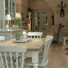 Shabby Chic Dining Room Ideas Images) – Home Magez – Esszimmer Shabby Chic Dining Room, French Country Dining Room, Shabby Chic Wall Decor, French Country Kitchens, Shabby Chic Homes, Country Bathrooms, Chic Bathrooms, Bathroom Vanities, Shabby Chic Kitchen Table