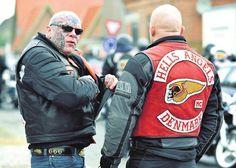 The Great Nordic Biker War Biker Clubs, Motorcycle Clubs, Bald Head Tattoo, Harley Rocker, Bike Gang, Harley Davidson Posters, Biker Quotes, Hells Angels, Vintage Bikes
