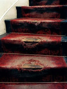 LOVE old stairs!
