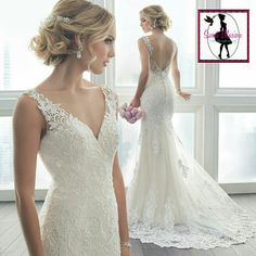 Lace wedding dress! So much detail I love it!