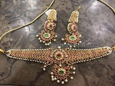 Latest Collection of best Indian Jewellery Designs. Royal Jewelry, India Jewelry, Temple Jewellery, I Love Jewelry, Jewelry Design, Trendy Jewelry, Indian Wedding Jewelry, Bridal Jewellery, Indian Bridal