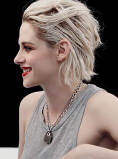 Tumblr Kristen for Le Rouge Collection Chanel 2016