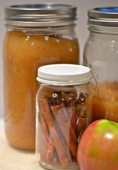 Simple Garden Recipes: Cinnamon Applesauce