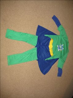 Super WHY costume pattern.  If nothing else this is a good source to find all the pieces that I'll need.